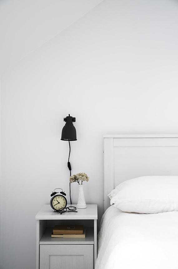 White bedroom to make you dream | Image via MÛR Lifestyle