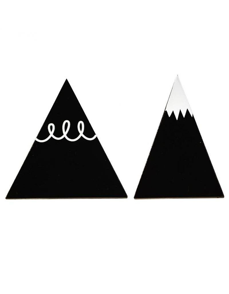 hooks-black-mountain_1024x1024