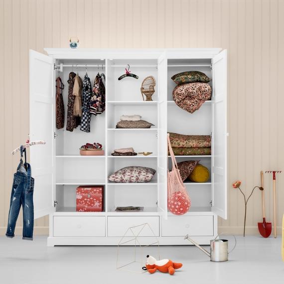 100116_96dpi_021335_seaside_wardrobe_3doors_a