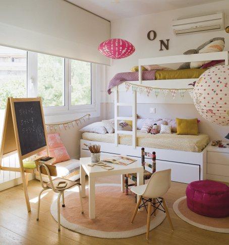 dormitorio_con_litera_en_tonos_mostaza_y_rosa_1191x1280_2